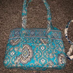 Vera purses